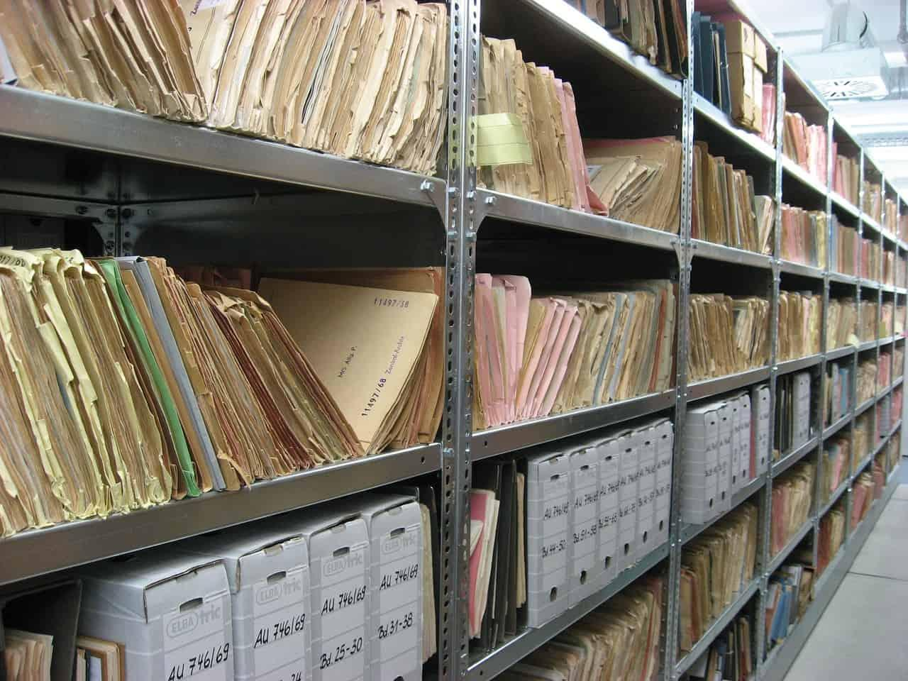 Mitä arkistojen digitointi tarkoittaa?